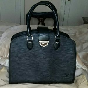 Louis Vuitton Black Bag Purse